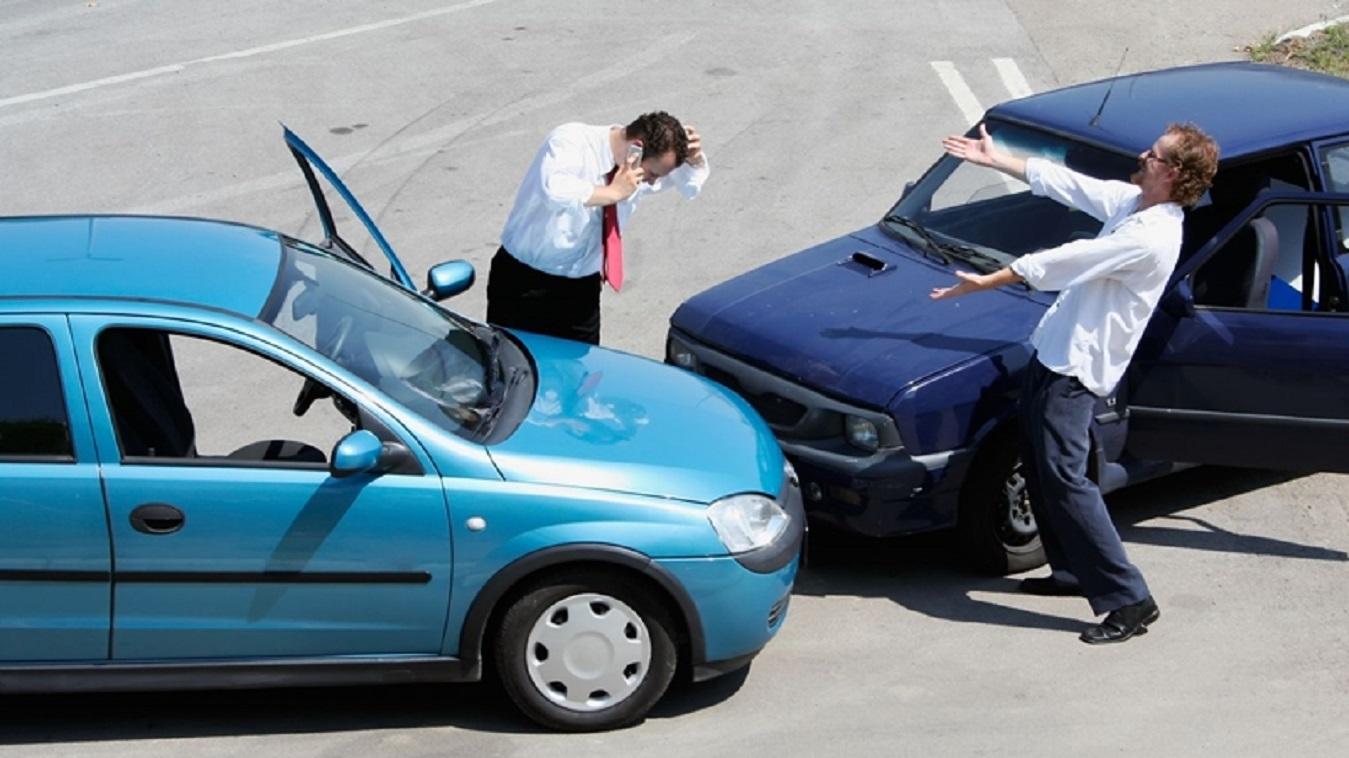 Có nên chọn mua bảo hiểm vật chất ô tô hiện nay hay không?