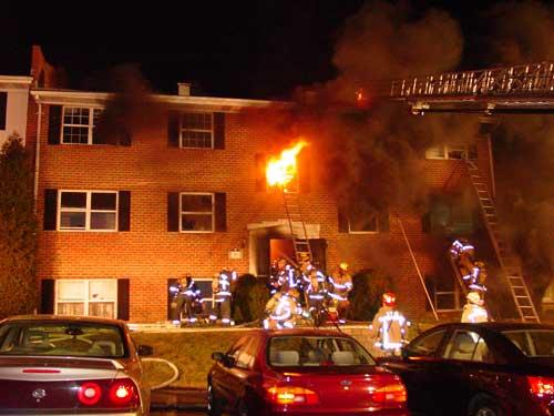 Cách xác định phí khi tham gia bảo hiểm cháy nổ bắt buộc