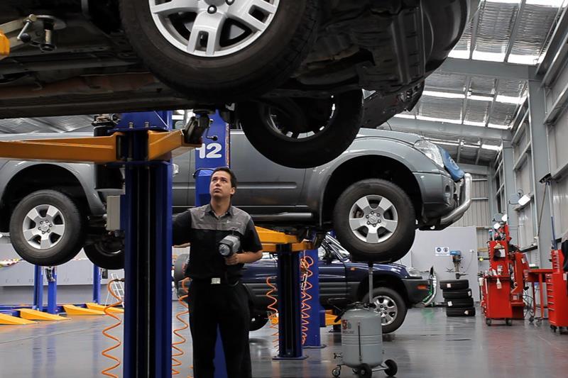 Hãy lưu ý đến hệ thống sửa chữa gara khi mua bảo hiểm ô tô