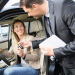 Mua bán lại xe bảo hiểm ô tô giải quyết như thế nào?