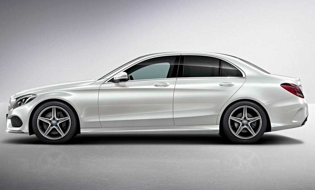 Bảo hiểm VCX ô tô cho xe ô tô Mercedes C300 AMG