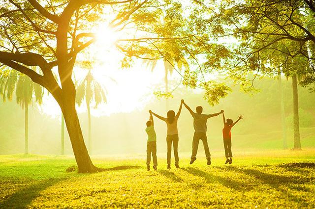 Cẩm nang lựa chọn bảo hiểm sức khỏe tốt nhất cho gia đình