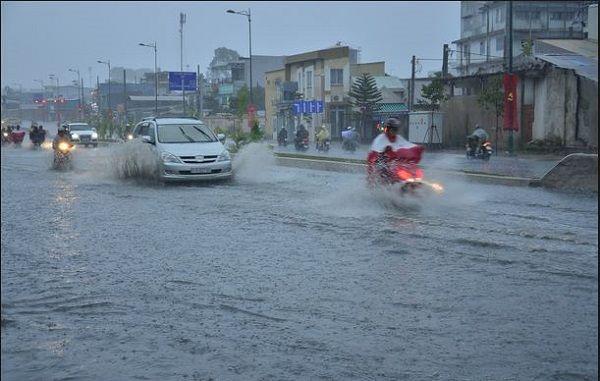 Bảo hiểm xe ô tô ngập nước và những điều cần biết