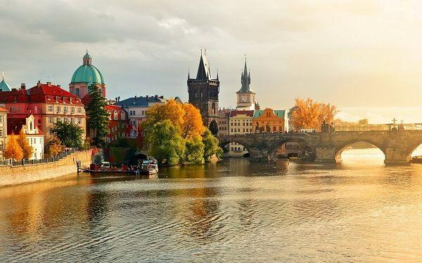 Bảo hiểm du lịch bắt buộc khi xin visa đi châu Âu