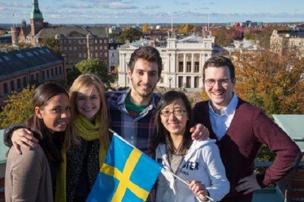 Mua bảo hiểm du học Thụy Điển cần lưu ý điều gì?