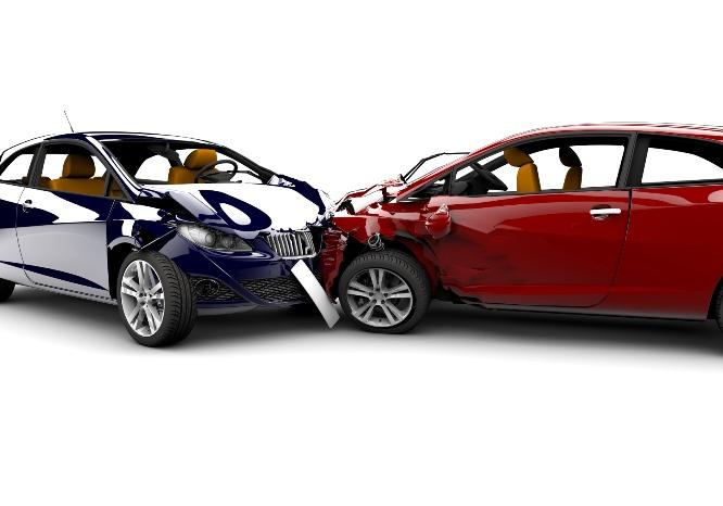 Mua bảo hiểm ô tô tự nguyện có nên hay không?