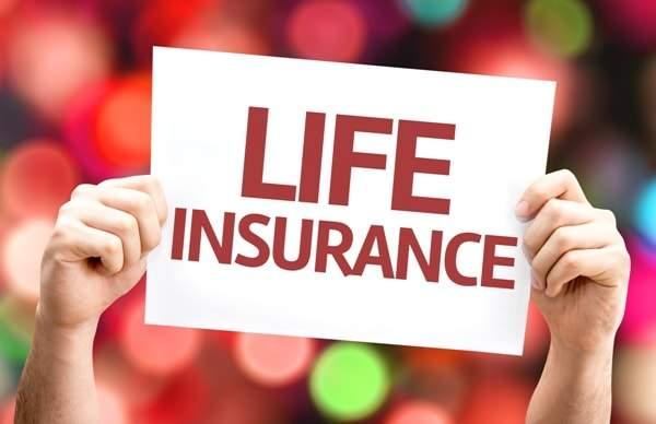 Sự khác biệt giữa bảo hiểm nhân thọ và gửi tiền tiết kiệm?